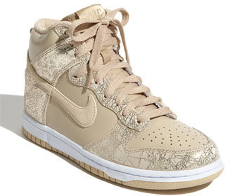 Nike 'Dunk' High Top Sneaker (Women)