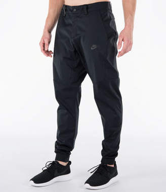 Nike Men's Tech Woven Jogger Pants
