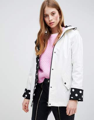 Glamorous Raincoat With Polka Dot Lining