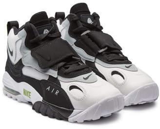 Nike Speed Turf Leather Sneakers