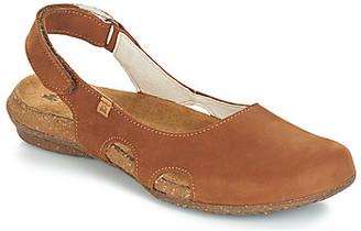 El Naturalista WAKATAUA women's Sandals in Brown