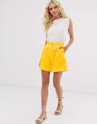 Asos Design DESIGN mom short in yellow
