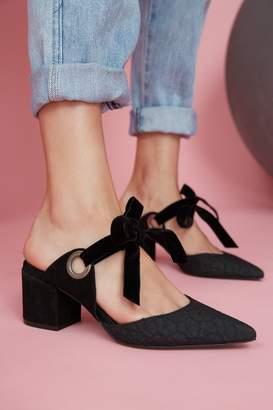 Jaggar FOOTWEAR TIE BLOCK HEEL black