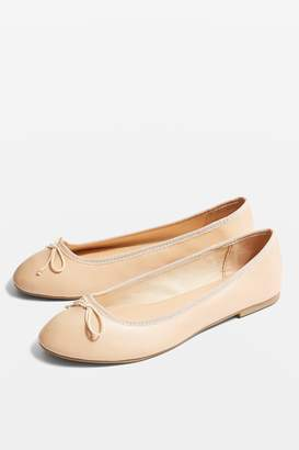5234156aa202 Topshop Womens   Wide Fit Verity Pumps - Nude