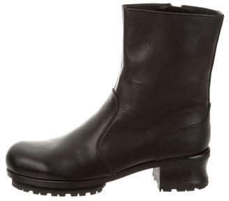 Yohji Yamamoto Leather Round-Toe Ankle Boots w/ Tags $325 thestylecure.com