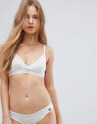 Bonds Gipset White Lace Triangle Bra