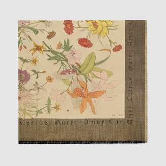 Gucci Shawl with Flora Gothic print