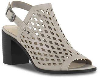 Easy Street Shoes Erin Sandal - Women's