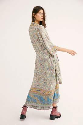 Oasis Spell And The Gypsy Collective Maxi Kimono