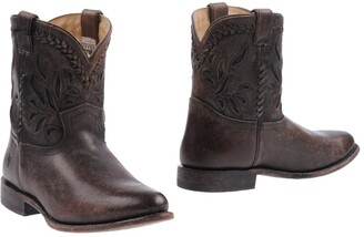 Frye Ankle boots - Item 11149439RR