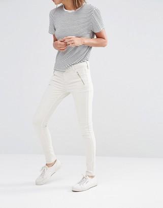 Oasis Zip Pocket Jean $65 thestylecure.com