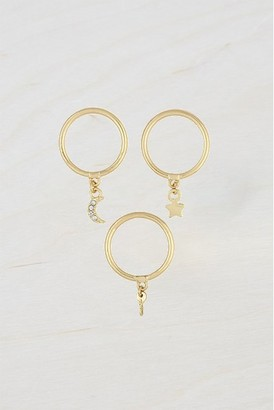 French Connenction Charm Ring Set