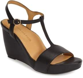 L'Amour des Pieds'Idelle' Platform Wedge Sandal