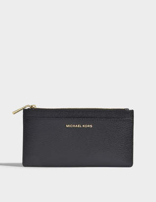 MICHAEL Michael Kors Large Slim Card Case in Black Mercer Pebble Leather