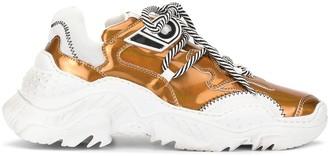 No.21 metallic sneakers