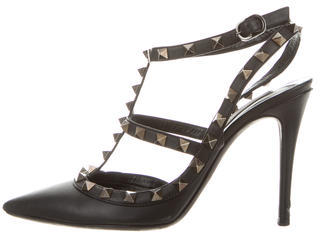 Valentino Leather Rockstud Pumps $725 thestylecure.com