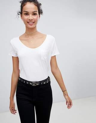 Hollister drapey voop t-shirt