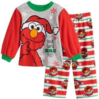 de8da378fa Toddler Boy Sesame Street Elmo Christmas Top   Bottoms Fleece Pajama Set