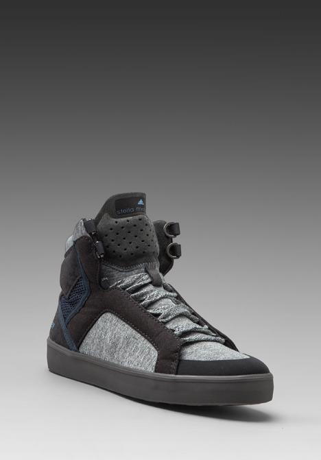 adidas by Stella McCartney Discosura Hiker in Solid Grey/Dark Onix/Sharp Grey