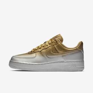 Nike Sportswear Women's Shoe Air Force 1 '07 Lux