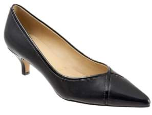 Trotters 'Kelsey' Pointy Toe Pump