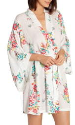 Jonquil In Bloom By Short Wrap
