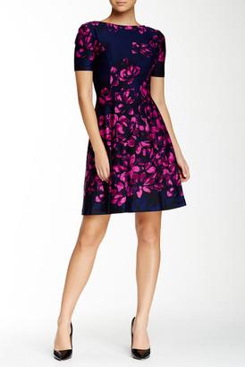 Donna Morgan Short Sleeve Floral Print Dress $158 thestylecure.com