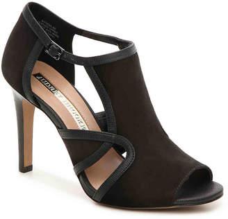Audrey Brooke Modena Sandal - Women's