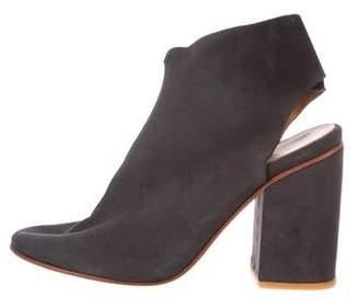 A Détacher Suede Ankle Boots