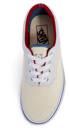 Vans Cap Outside In Era Sneakers
