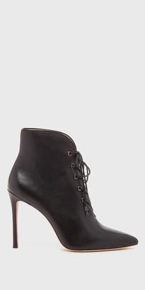Cari Black Boot | Designer Shoes | Shop Pour La Victoire $325 thestylecure.com