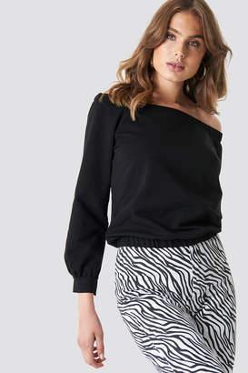 e93d60afc86c1d NA-KD Na Kd Off Shoulder Sweatshirt Black