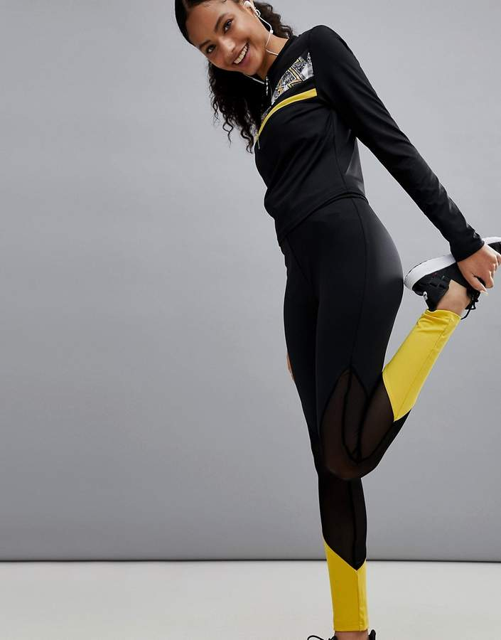 – Gym – Leggings in Blockfarben