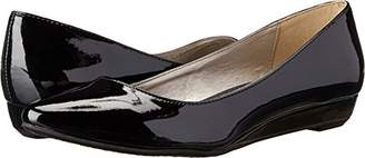 Chinese Laundry Women's Suzie Pointed Toe Flat
