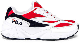 Fila V94M Sneaker
