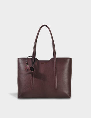 HUGO BOSS Taylor Shopper Bag in Dark Red Grainy Calfskin