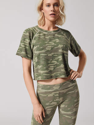 Monrow SUPERSOFT TONAL CAMO CUT OFF SWEATSHIRT