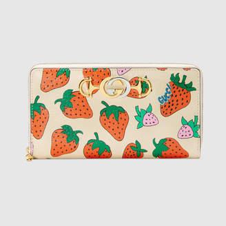Gucci Zumi Strawberry print zip around wallet