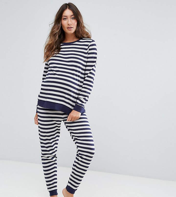– LOUNGE – Gestreiftes Sweatshirt und Jogginghose