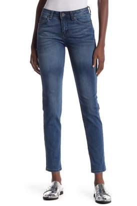 KUT from the Kloth Diana Curvy Skinny Jeans