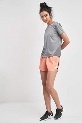 Nike Womens Run Swoosh Short - Pink