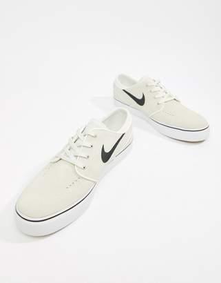 buy online cf511 47b7b Nike Sb SB Zoom Stefan Janoski Trainers In White 333824-108