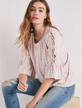 Lucky Brand LACE-UP BELL SLEEVE TOP
