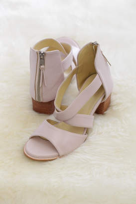 Mae Be Shoes Cindylou Leather Heels