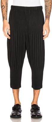 Issey Miyake Homme Plisse Basic Short Pants in Black   FWRD