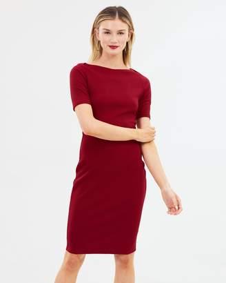 Dorothy Perkins Slash Neck Textured Body-Con Dress