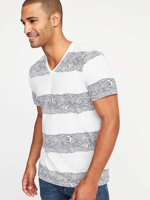 Old Navy Soft-Washed Printed Perfect-Fit V-Neck Tee for Men