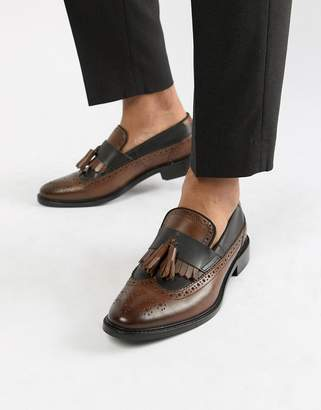 Asos DESIGN loafers in tan and black leather with natural sole and fringe detail