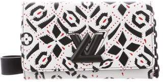 Louis Vuitton Graphic Print Twist Chain Wallet