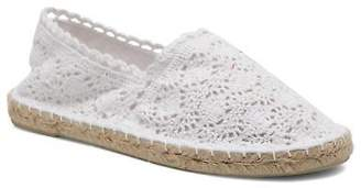 Colors of California Women's Lara Rounded toe Espadrilles in White